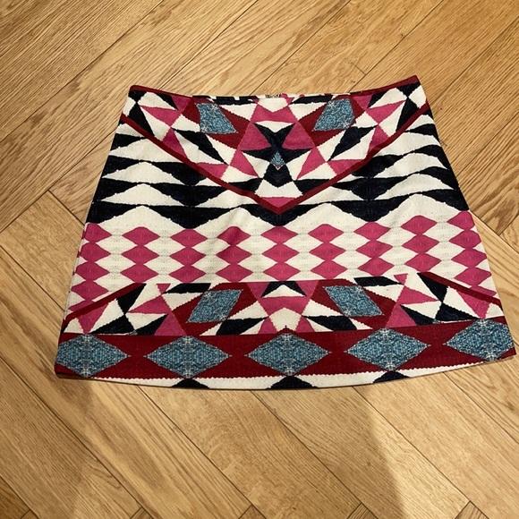 MINKPINK Geometric Exposed Back Zipper Mini Skirt